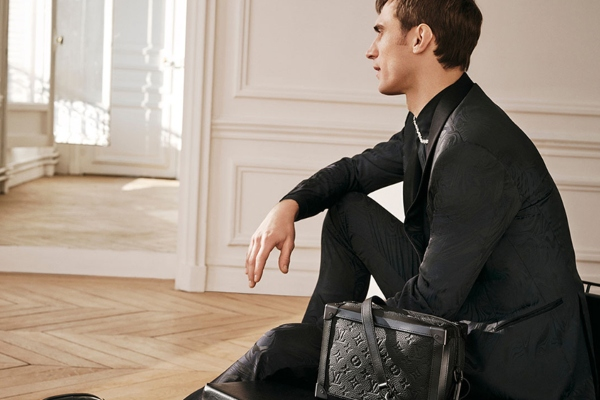 This is not quite ordinary briefcase: Louis Vuitton presents a new collection