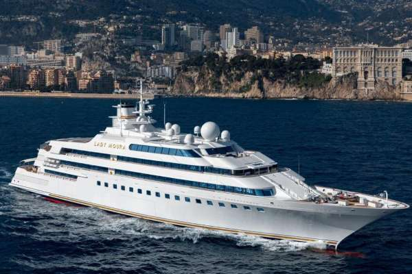 Luxury villa of the seas - Saudi businessman yacht for sale