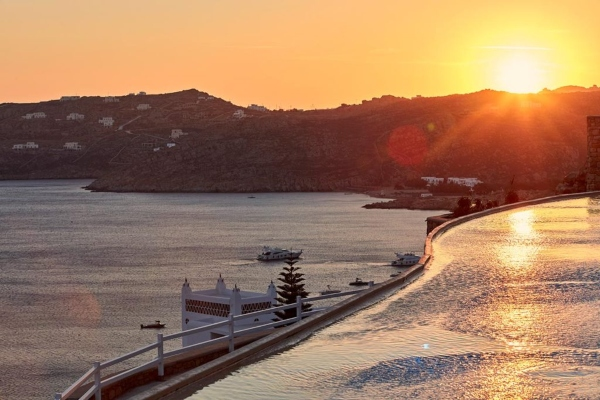 Discover the timeless beauty of Mykonos