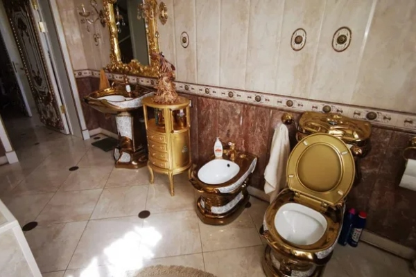Russian Chief of police with a golden bathroom - arrested for corruption