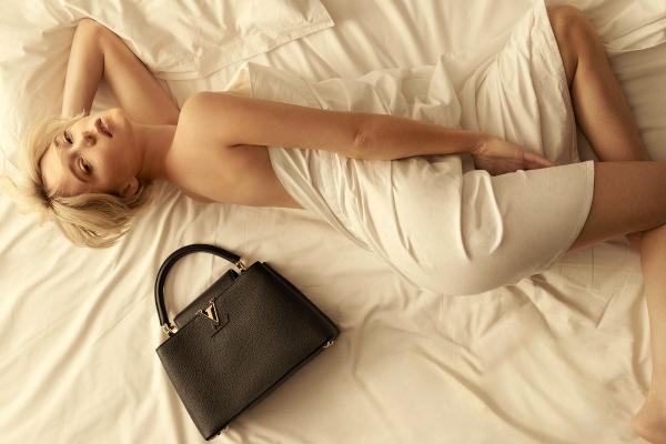 Sensual Lea Seydoux in the new Louis Vuitton campaign