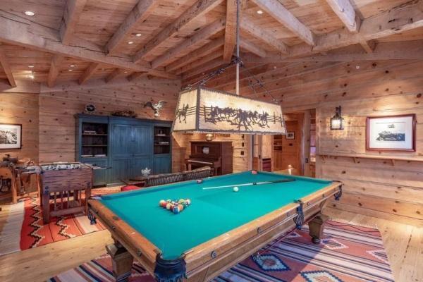 Tom Cruises perfect estate for sale