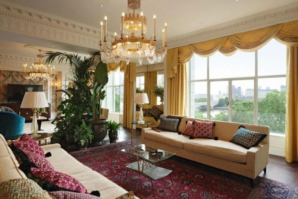 Would you stay in a Gucci suite which costs 22.000 dollars per night?
